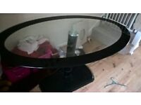black glass dining table nice good condition