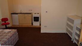 Bedsit- Ashbrooke Sunderland area Available NOW
