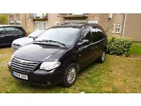 BLACK 2004 CHRYSLER VOYAGER 2.8 DIESEL AUTOMATIC, 7 SEATER