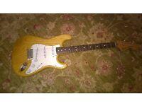 1999 Fender Stratocaster '70s reissue. Near mint, with Fender Deluxe Gigbag