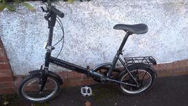 Apollo Foldaway Bicycle in good condition