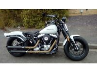 BEAUTIFUL HARLEY DAVIDSON SOFTAIL CROSS BONES
