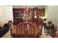 Beautiful 6 seater Dining Room Table with 2 matching display cabinets