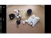 Assorted child's cricket gear