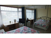 Bright double room for rent in Oakdale, Poole