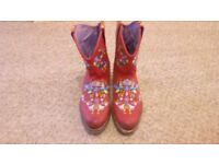 Womens red leather cowboy boots embroidered