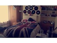 4 Bed Student house, close to all amenaties, transport, Sainsbury,Willmslow rd,double rooms Ladybarn