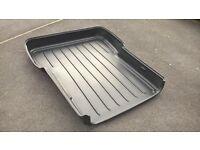 astravan load area liner tray