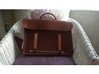 TAN LEATHER MUSIC CASE