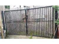 Solid Metal large double gate