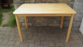 MODERN VERY NICE CLEAN WELL MADE LIGHT BROWN (BLONDE) DINING TABLE SMALLER SIZE V.G.C
