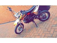 White rockstar MXB 125cc pitbike