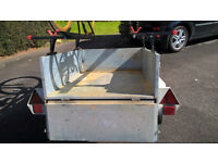 450Kg Erka Trailer with removal roof bars (suit Roof box) and 2 cycle carriers.