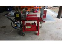 AMR 9T Horizontal Log Splitter with Hydraulic adjustable 2/4 Way Splitter