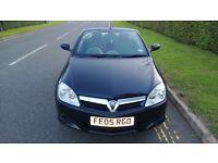 Black 2005 Vauxhall Tigra for sale 1.4 manual 2 door convertible
