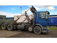 Roll on roll off/ drop bed lorry