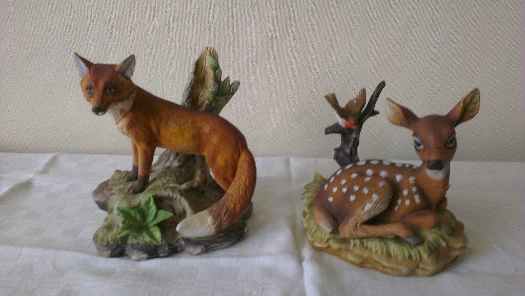 Red Fox & young Deer finest porcelain Figurines £8 the pair.