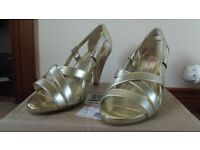 ' So Fabulous ' Ladies Gold Open Toed Shoes