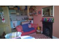 cosy & comfortable, 1 bedroom tenement flat available for short term let (6 weeks) from 30th June.
