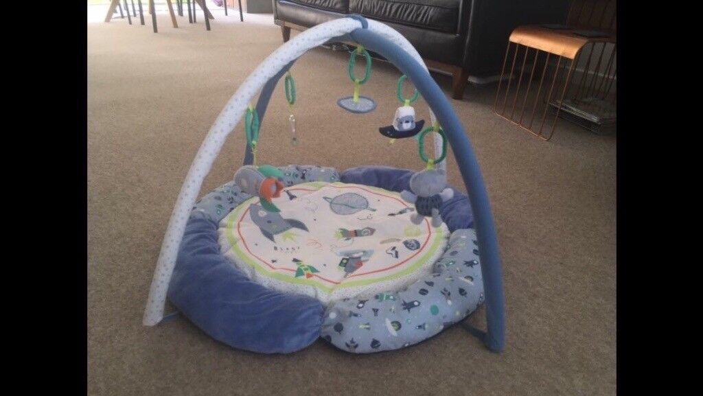 Space Dreamer baby play mat