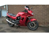 KAWASAKI GPZ1100S. LOW MILEAGE, NEW TYRES, JUST SERVICED, LONG MOT! GPZ 1100