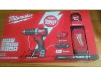 Milwaukee m18 blpd-402ca brushless percussion drill set