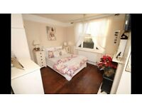 Wardrobe, Chest of Drawers & Bedside Tables **STUNNING**