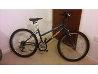 Trek Mountain track 220 Bike Serviced & Ready To Ride.12 Frame 24 Wheel 18 Speed