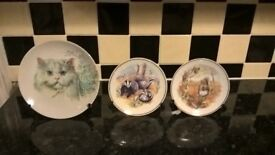 3x animal decorative plates