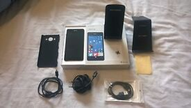 Microsoft Lumia 950 With Accesories (Very Good Condition)