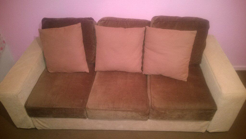 Nice sofa in Very good condyction. Only collection.