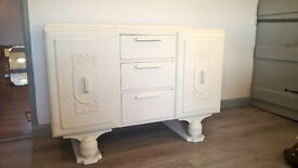 Vintage sideboard - shabby chic