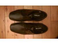 Black Hush Puppies Mens Shoes . Size 8