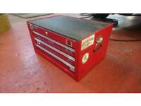 MAC tools centre section box