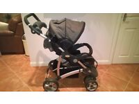 Britax Voyaga Ultra Travel System / Pram / Pushchair with carry cot