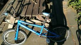 Boys bmx bike ok condition