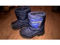 Toddler winter boots (size 23)