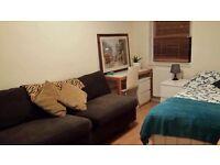 Notting Hill Clean Double Room from £30 per night, near Portobello Road