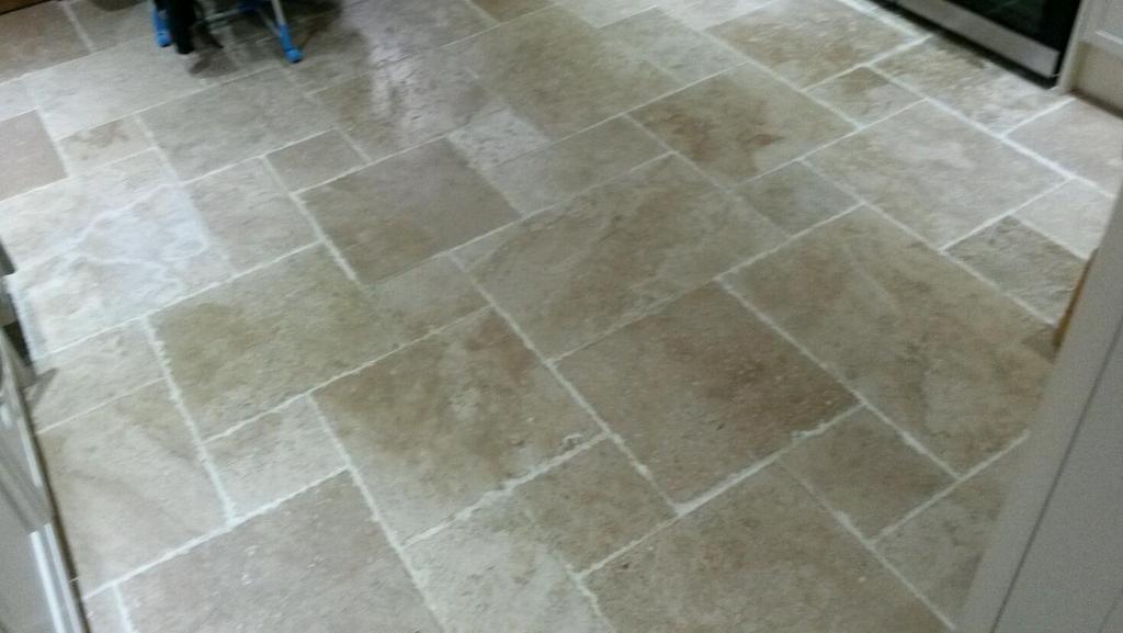 Roman Opus Pattern Tumbled Unfilled Marble Travertine Floor Tiles