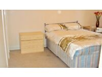 """Double Room in Bermondsey """" only one Housemate to share a House with"""