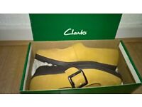 Clark's Springers Shoes Size 5 D Fitting As New Condition
