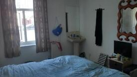 Spacious Single Room w/ Dbl Bed in Kemp Town