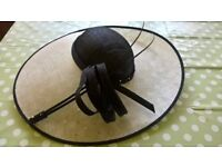 Navy ivory wedding hat hatinator. Immaculate. Mother of bride. £85