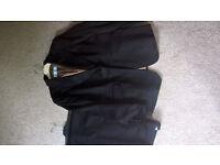 Ladies Black Trouser Suit. Size 18