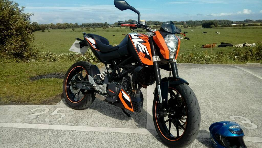 ktm duke 125cc 2012 mot may 2017 in blackpool lancashire gumtree. Black Bedroom Furniture Sets. Home Design Ideas