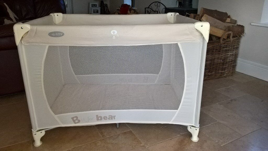 Travel Cot (Immaculate Condition !)