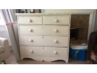 Lovey victorian vintage chest of drawers, needs some work