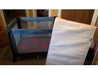 HAUCK TRAVEL COT WITH FITTED COT MATTRESS