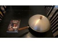 12'' Wok and Ken Hom cooking book