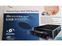Extetnal super multi dvd rewriter 20×dvd +- r write speed 8.5 gb